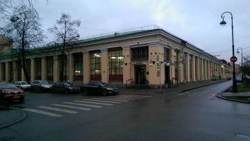 Проектирование и капитальный ремонт кровли здания Василеостровского рынка в Санкт-Петербурге